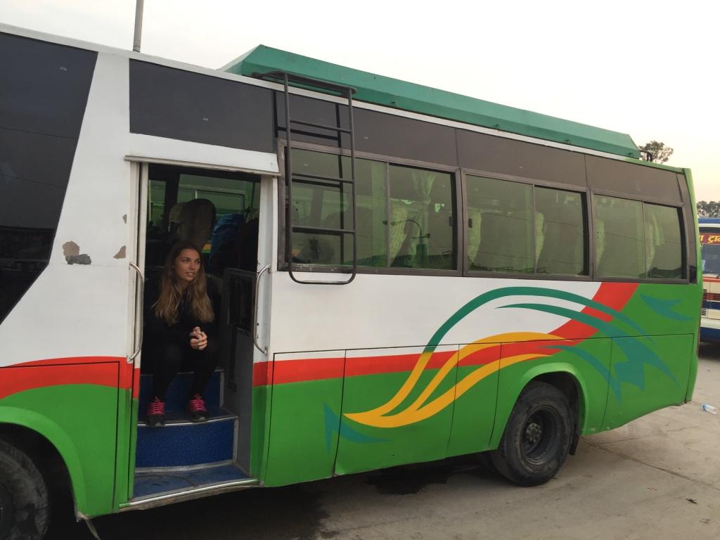 """Attente du depart pour le trek """"Tour des Annapurnas) - Katmandu (Nepal)"""