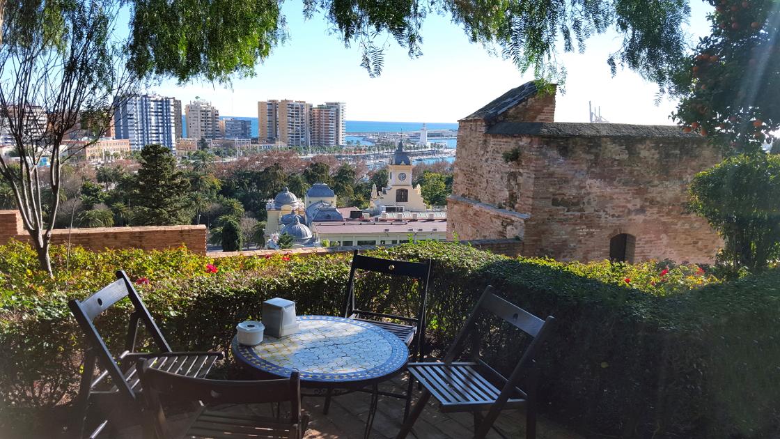 Màlaga - prendre un café dans la forteresse