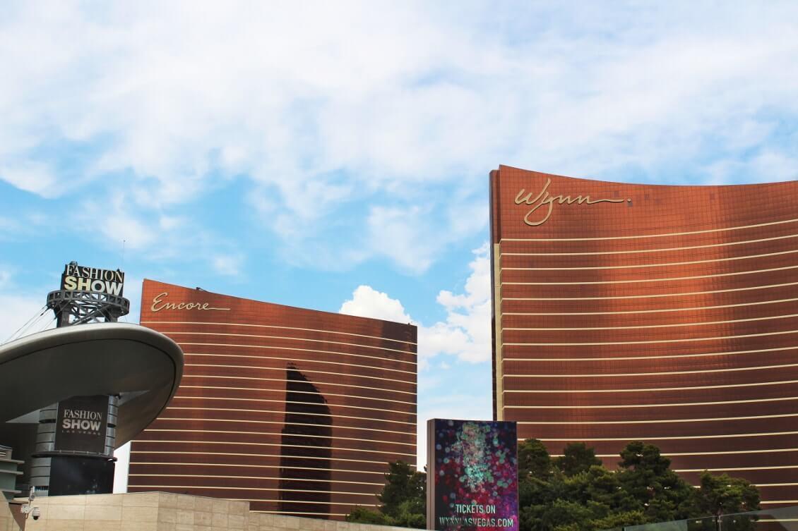 Las Vegas insolite - Jouer au black jack dans la piscine au Wynn et au Encore