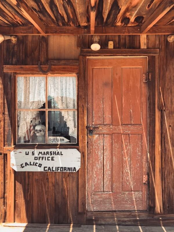 Route-de-Los-Angeles-a-Las-Vegas-faire-un-stop-a-calico-ghost-town