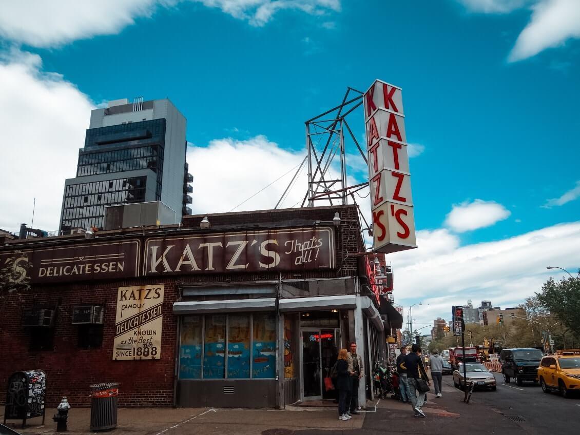 Choses-a-faire-a-New-York-manger-au-Katz-delicatessen