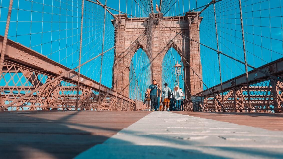 Choses-a-faire-a-New-York-marcher-sur-le-Brooklyn-bridge