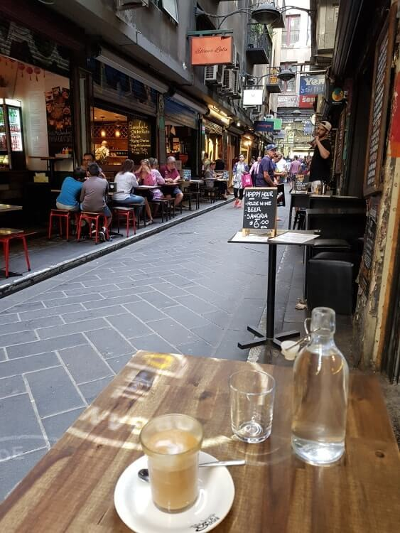Visiter Melbourne_laneyards_cafe