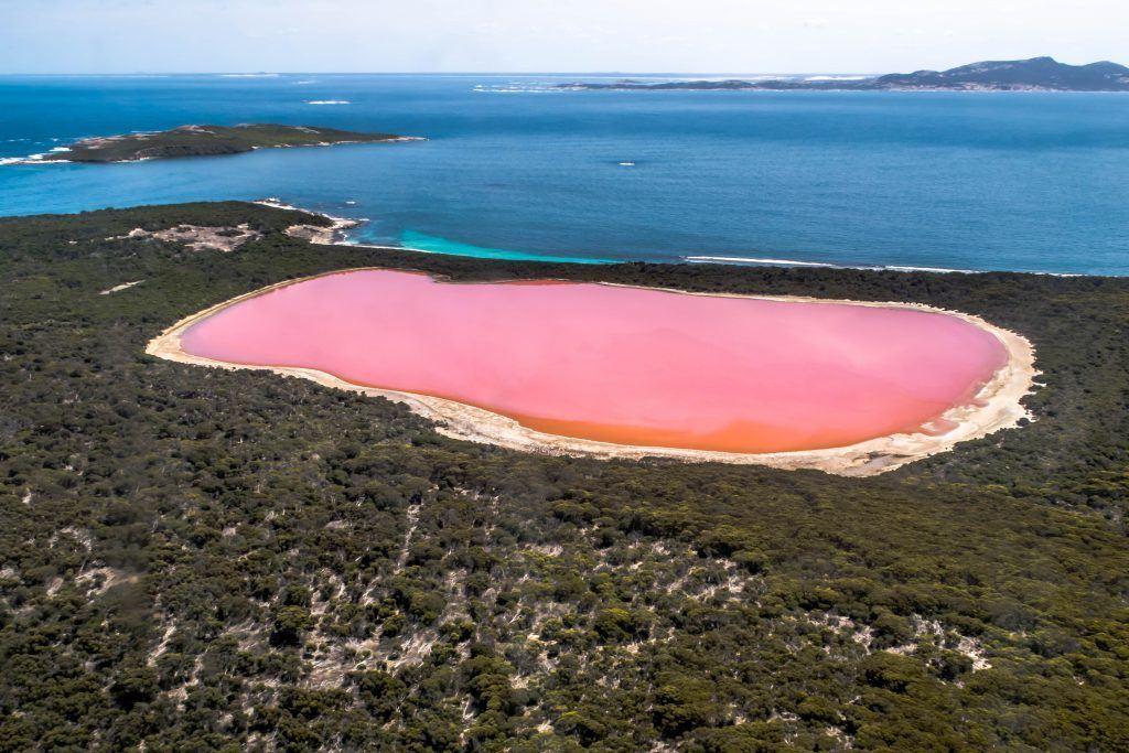 Le lac Hillier en Australie - les plus beaux paysages du monde observables en France