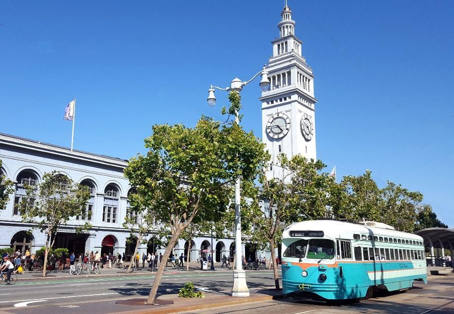 Ferry building sur les quais de San Francisco