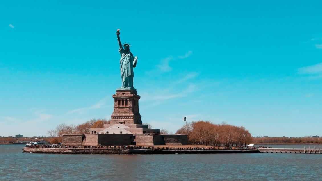 Choses-a-voir-a-New-York-la-statue-de-la-liberte