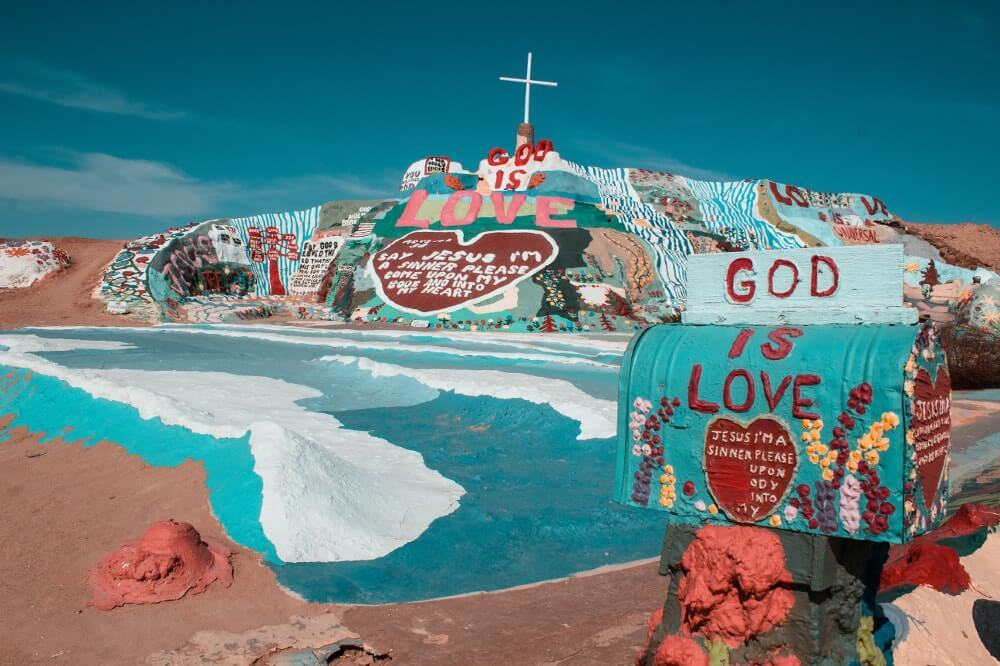 Bucket list USA visiter-salvation-mountain