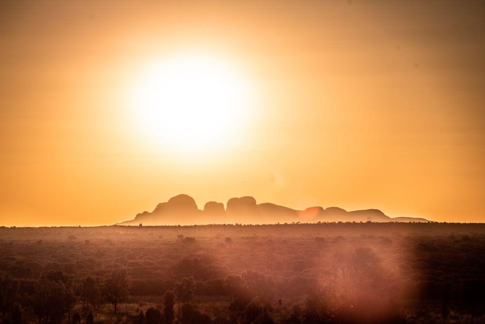 Kata Tjuta coucher de soleil sur les dunes de Kata Tjuta