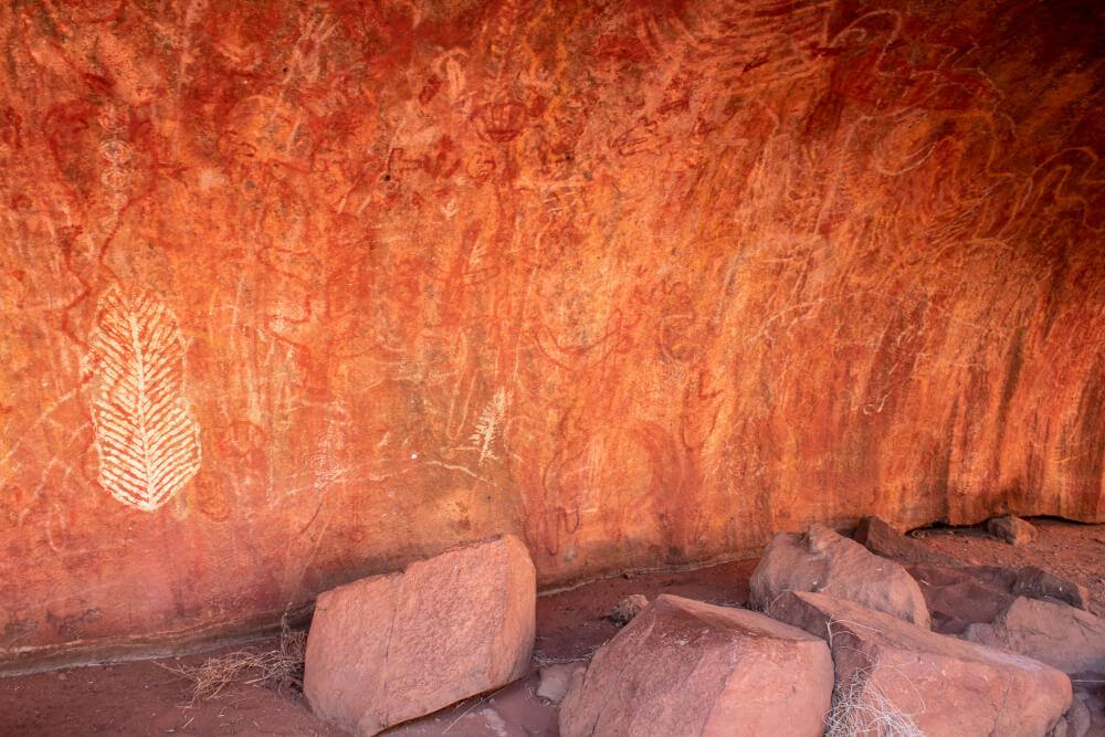 Uluru la mala walk ombragée