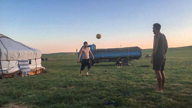 Voyage responsable - foot avec les Mongols - du soleil dans les poches _ blog voyage